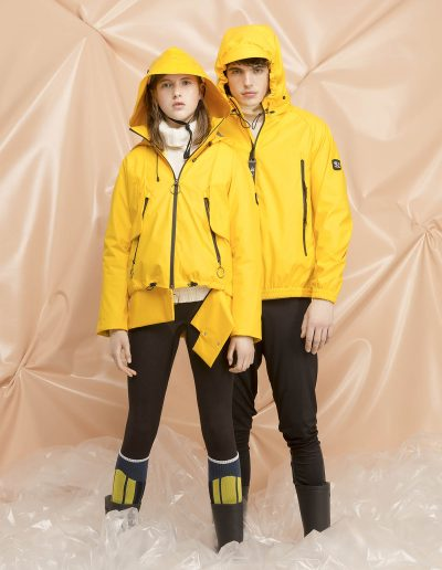 6 DGW010 WOMAN RAIN JACKET 7 | DGM001 MAN RAIN JACKET
