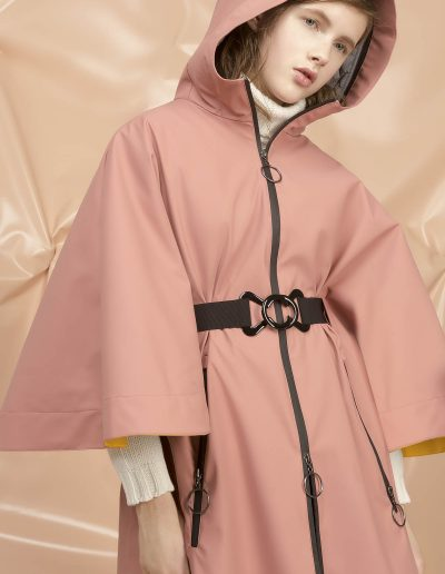 DGW008 WOMAN RAIN LONG CAPE