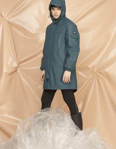 DGM006 MAN RAIN OVER PARKA